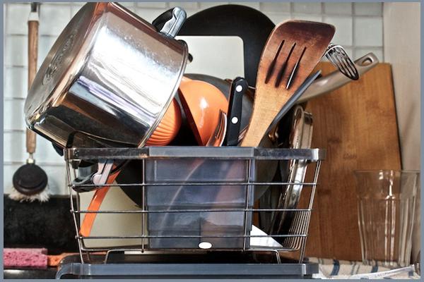 จัดห้องครัวอย่าไรไม่ให้รกด้วยจานชาม