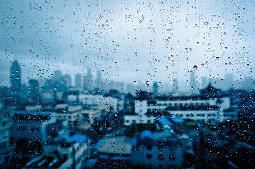 จัดการกับบ้านในฤดูฝนอย่างไรให้คนในบ้านห่างไกลจากโรค